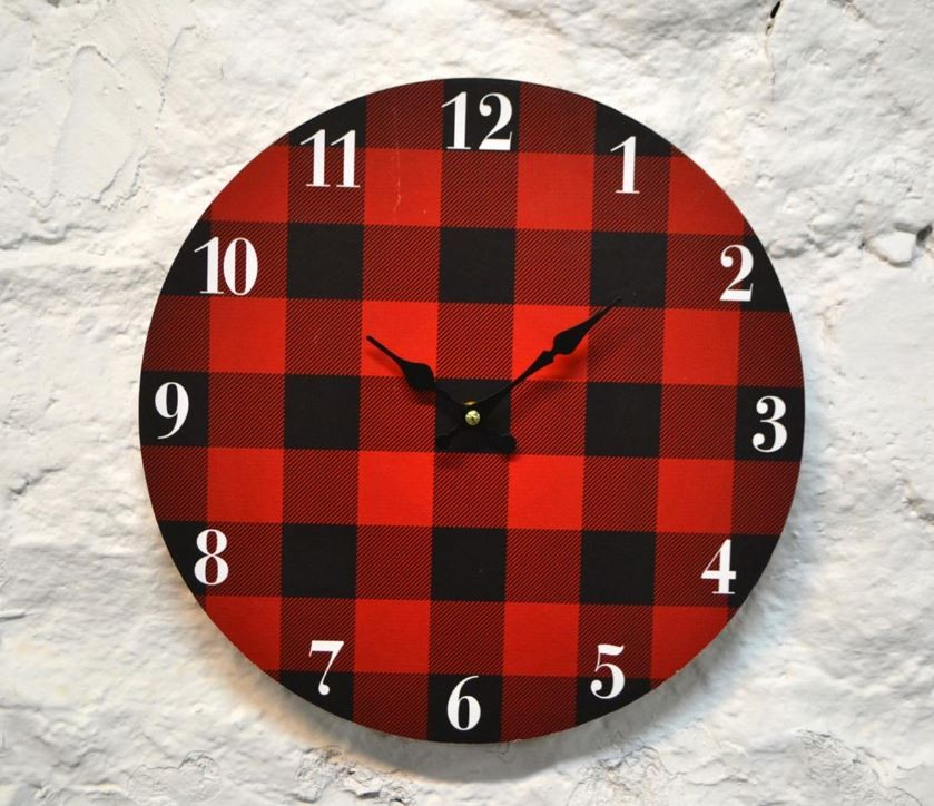 Horloge à carreaux